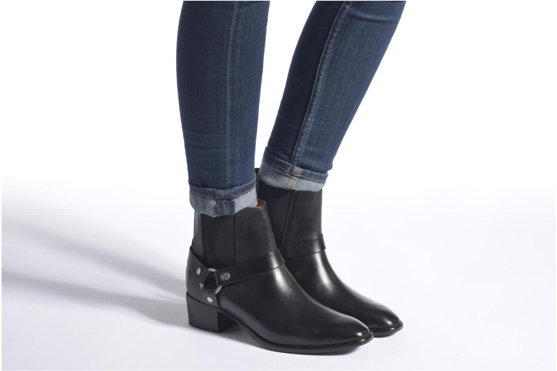Bottines et boots Frye Dara Harness Chelsea Noir vue bas / vue portée sac