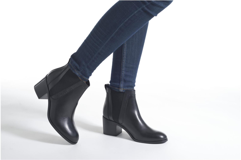 Bottines et boots Minelli Paula Noir vue bas / vue portée sac