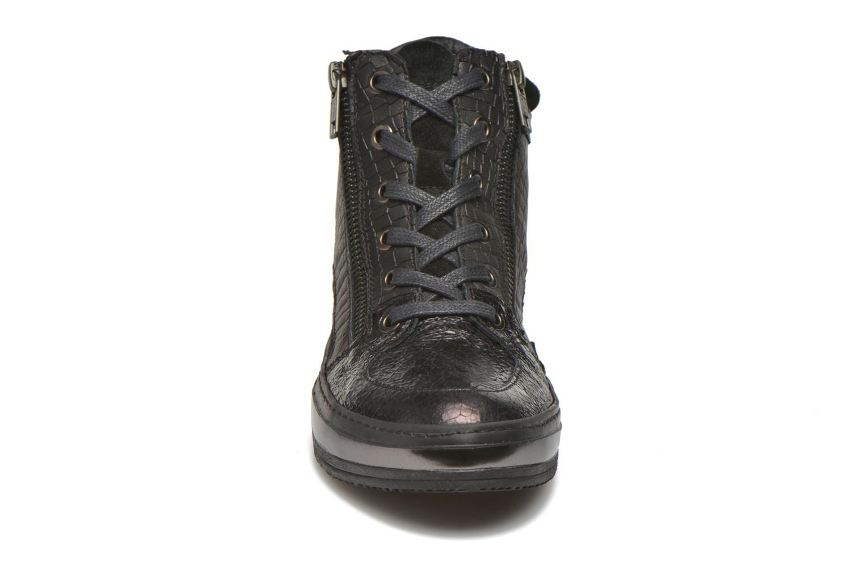 Baskets Khrio Bromono Noir vue portées chaussures