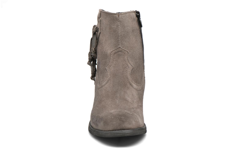 Stiefeletten & Boots Khrio Bijou grau schuhe getragen