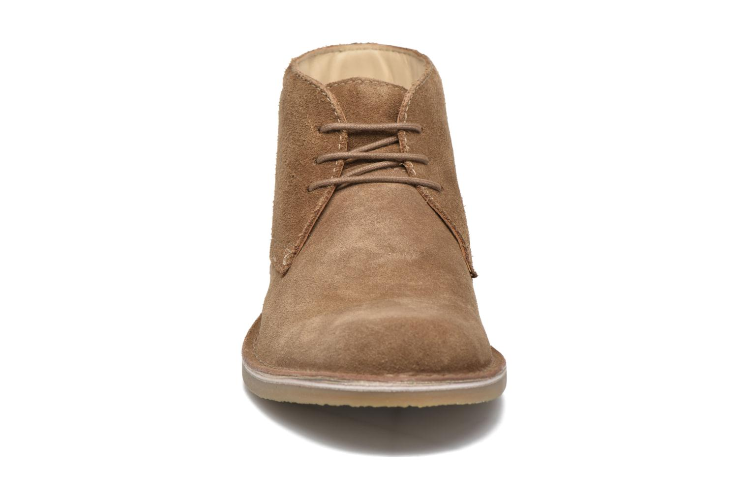 Lace-up shoes Hush Puppies Lord Brown model view