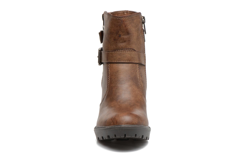 Bottines et boots Refresh Fanny 62140 Marron vue portées chaussures