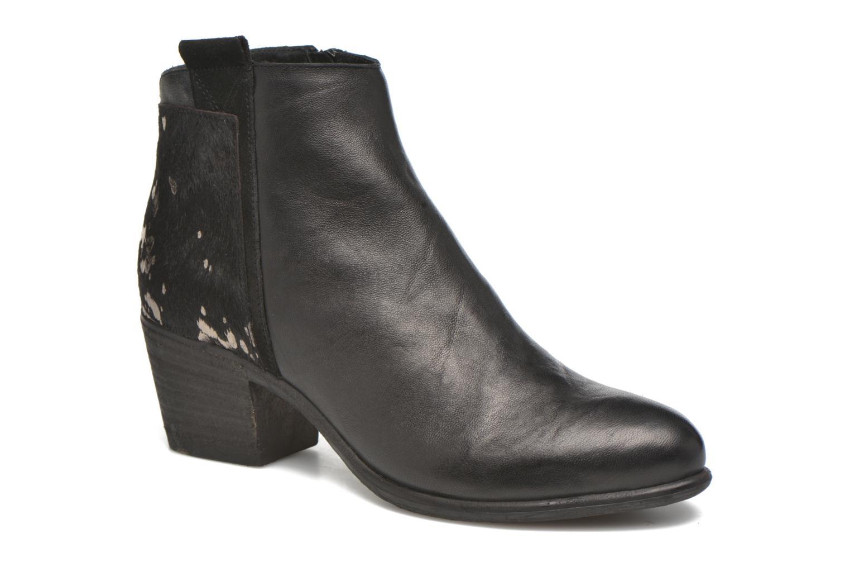 Boots en enkellaarsjes Khrio Julia Zwart detail