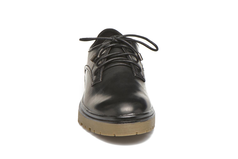 Zapatos con cordones MTNG Erik Negro vista del modelo