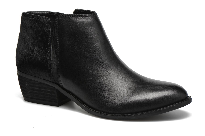 Penelope Black leather/ Pony