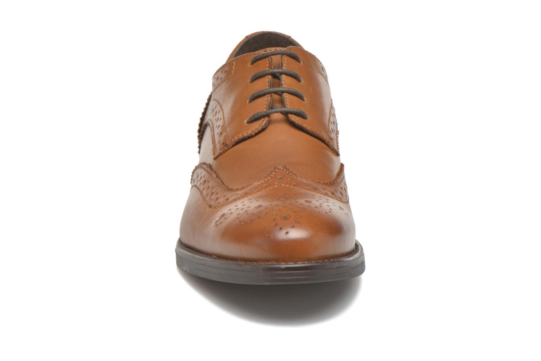Chaussures à lacets Georgia Rose Anglish Marron vue portées chaussures