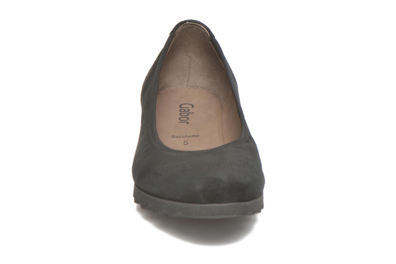 Ballerines Gabor Adèle Noir vue portées chaussures