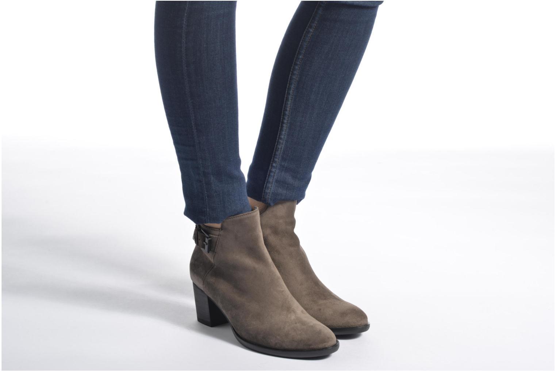 Bottines et boots Gabor Béatrice Gris vue bas / vue portée sac