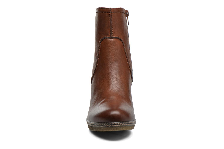 Bottines et boots Gabor Sofia Marron vue portées chaussures