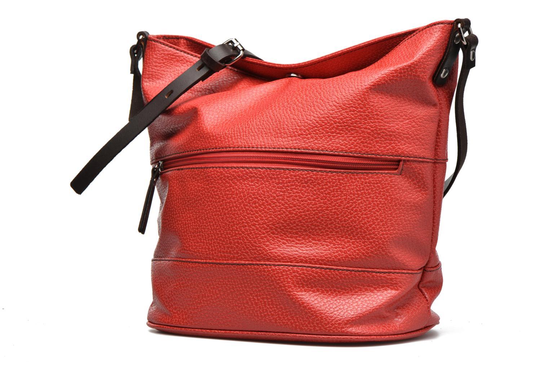 Borse Paquetage Seau grainé B Rosso modello indossato