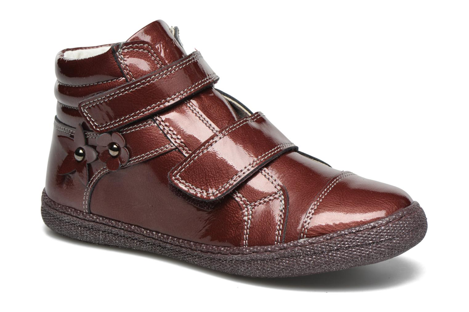 Velcro shoes Primigi Anne-E Burgundy detailed view/ Pair view
