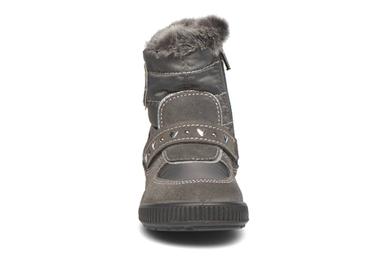 Bottes Primigi Titi-E Gris vue portées chaussures