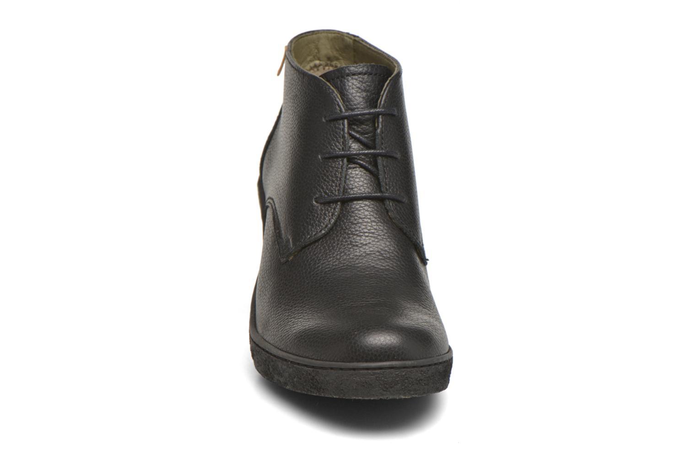 Chaussures à lacets El Naturalista Lichen NF74 Noir vue portées chaussures