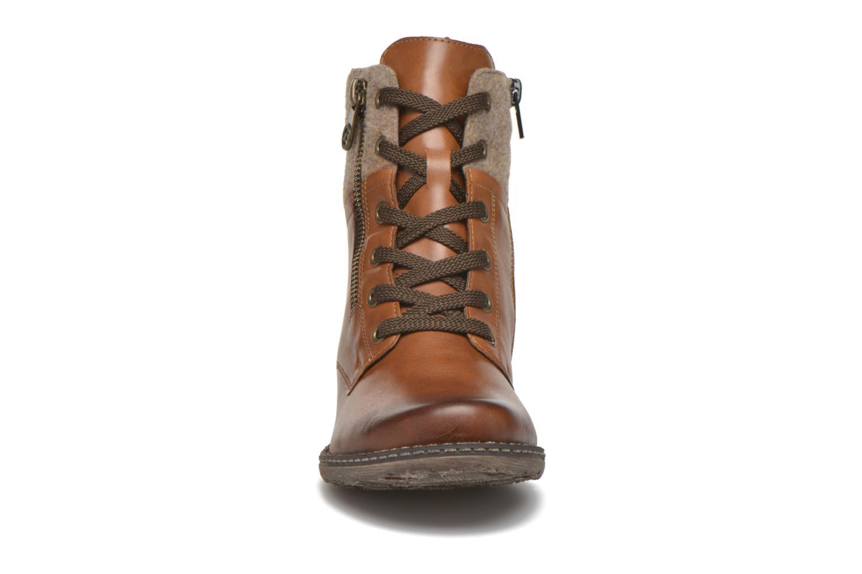 Bottines et boots Remonte Alexandra D4379 Marron vue portées chaussures