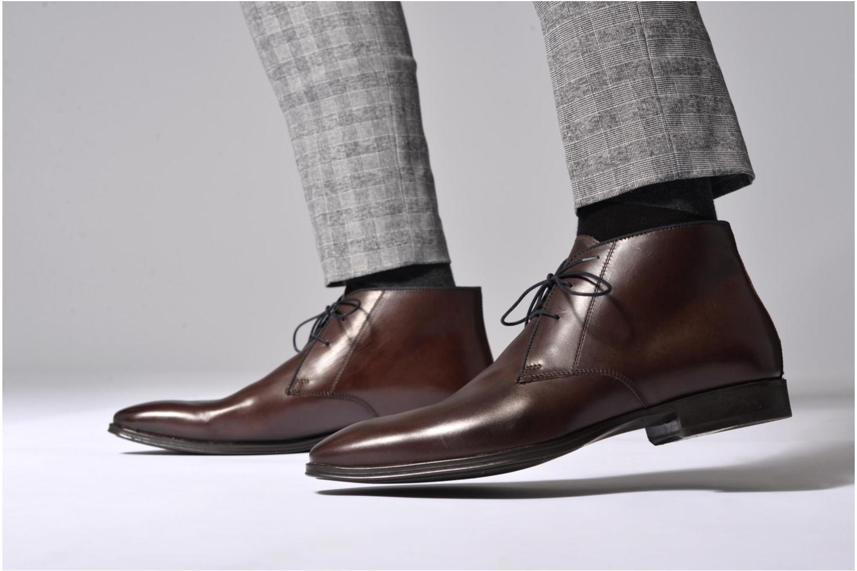Chaussures à lacets Marvin&Co Torbay Marron vue bas / vue portée sac