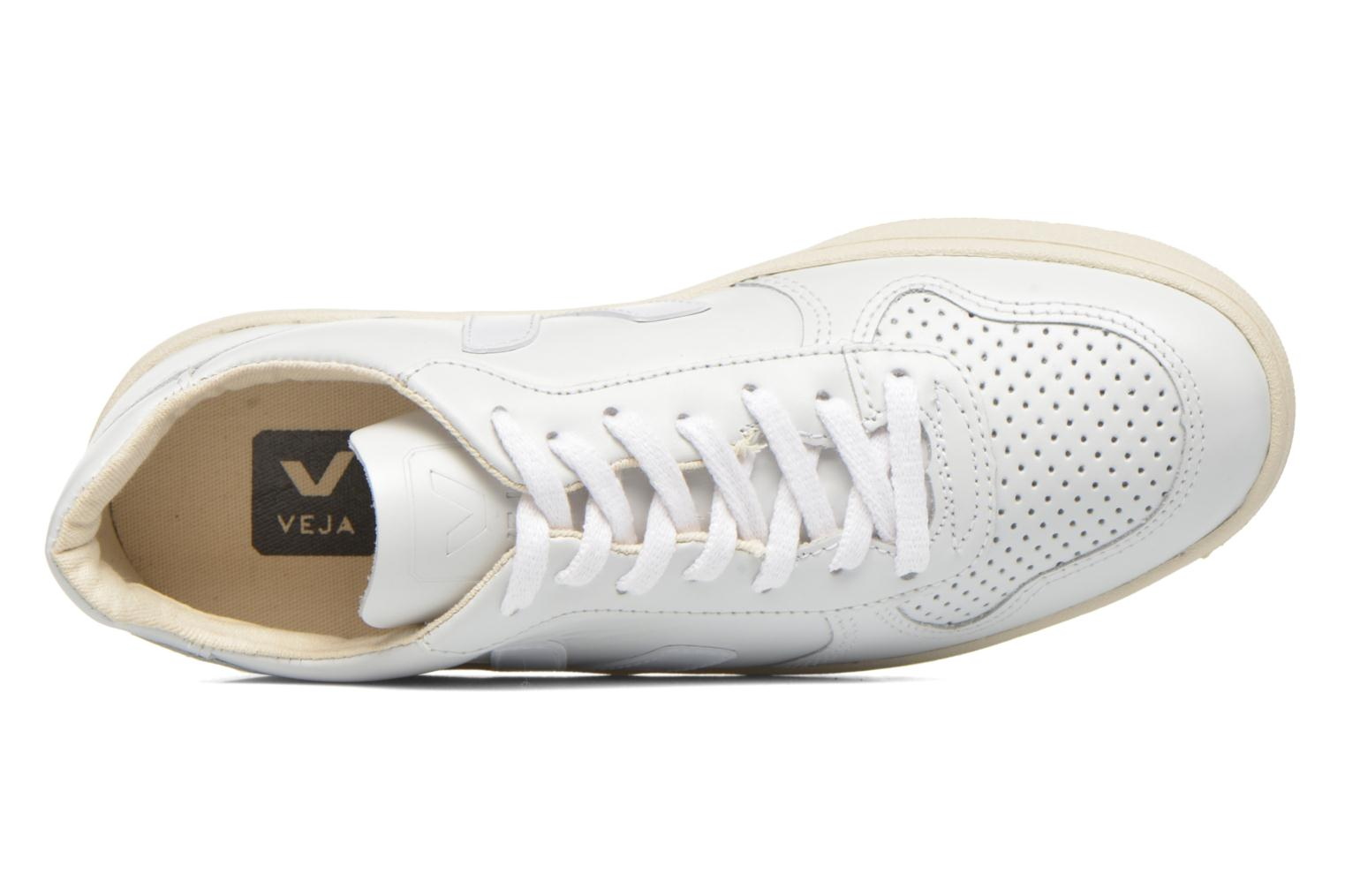 Trainers Veja V-10 W White view from the left