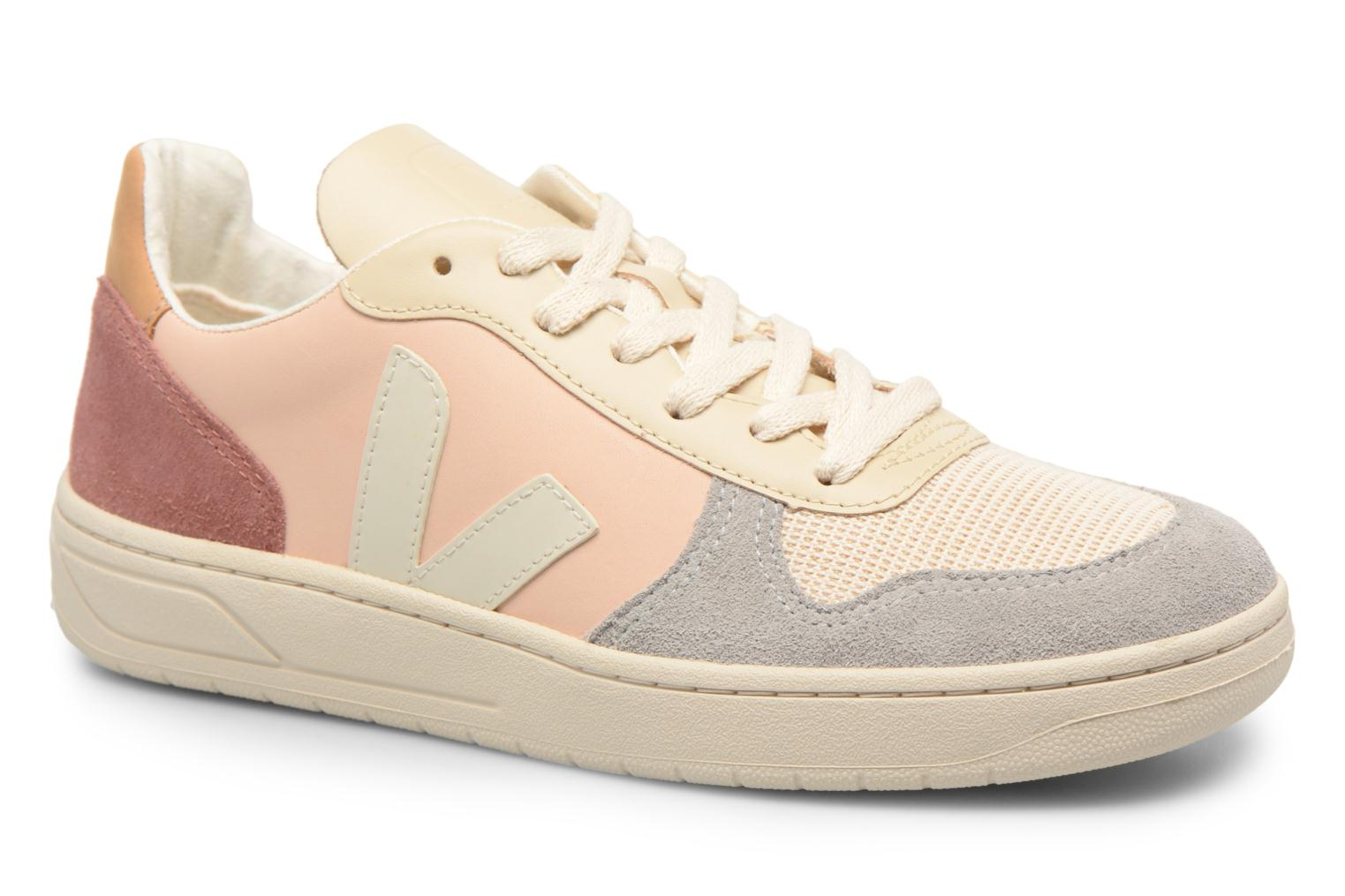 Trainers Veja V-10 W Beige detailed view/ Pair view