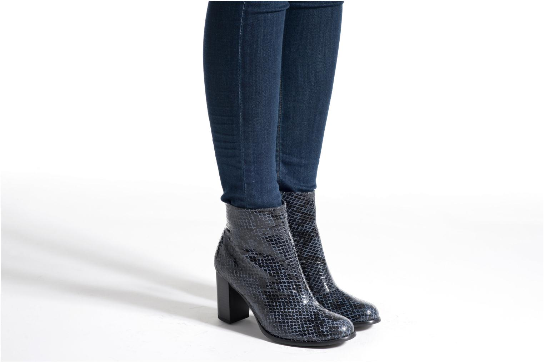 Bottines et boots Karston GLAGOS #Cobra CARBONE ~Doubl & 1ere CUIR Noir vue bas / vue portée sac