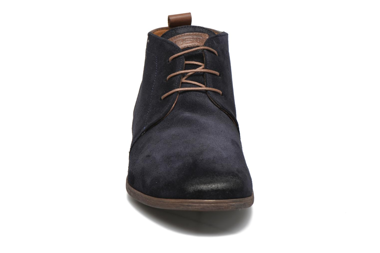 Zapatos con cordones Kost Zepi76 Azul vista del modelo