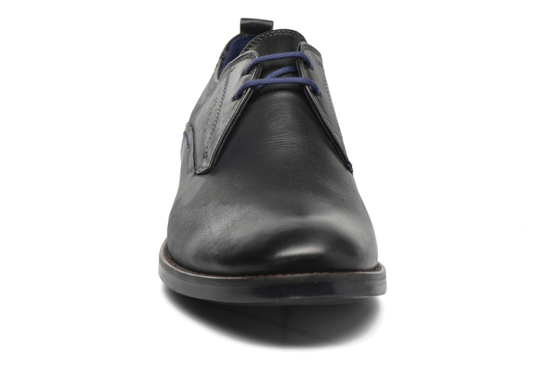 Scarpe con lacci Sioux Scivio-HW Nero modello indossato