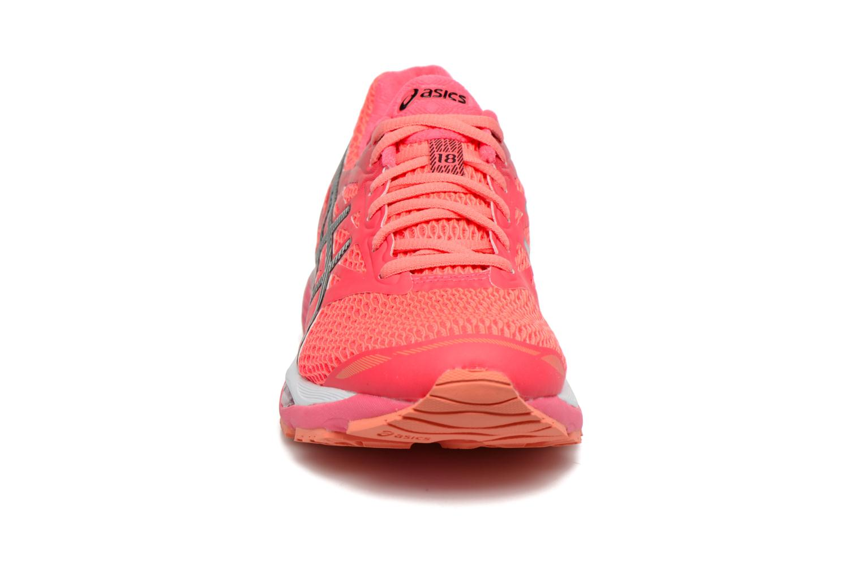 Chaussures de sport Asics Gel-Cumulus 18 W Rouge vue portées chaussures