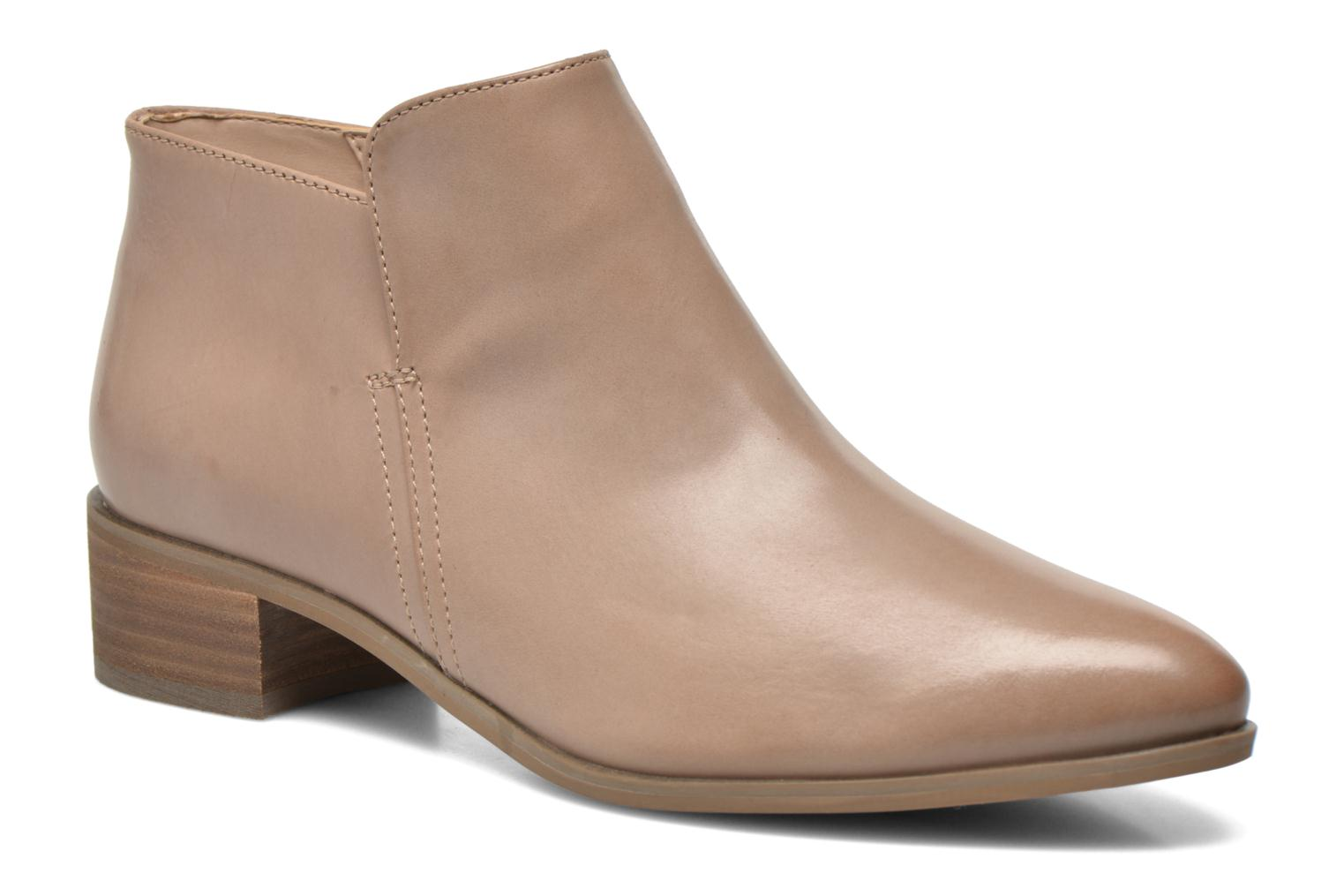 Ankle boots Clarks Marlina Revel Beige detailed view/ Pair view