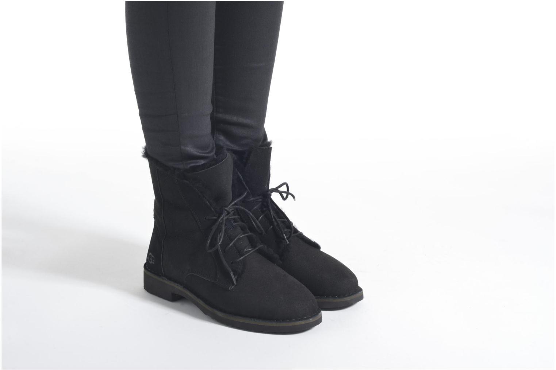 Bottines et boots UGG W Quincy Noir vue bas / vue portée sac