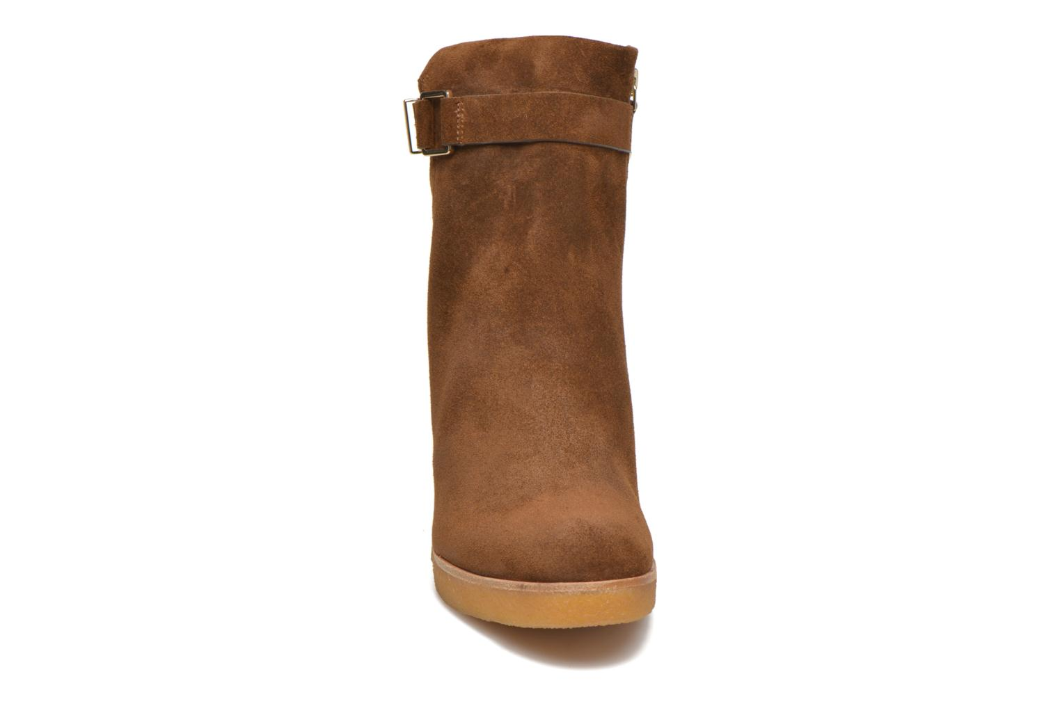 Ankle boots What For Ofo Brown model view