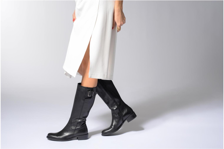 Boots & wellies Elizabeth Stuart Dolan 294 Black view from underneath / model view