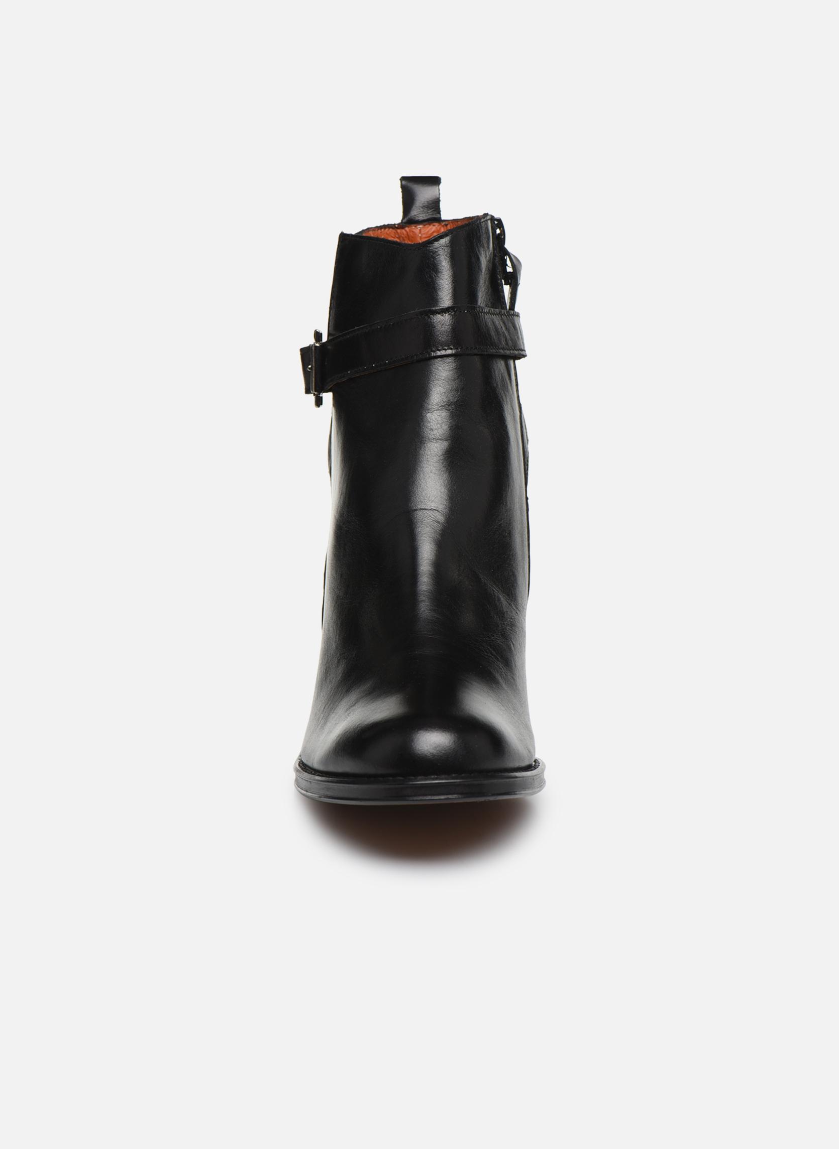 Bottines et boots Elizabeth Stuart Solti 304 Noir vue portées chaussures