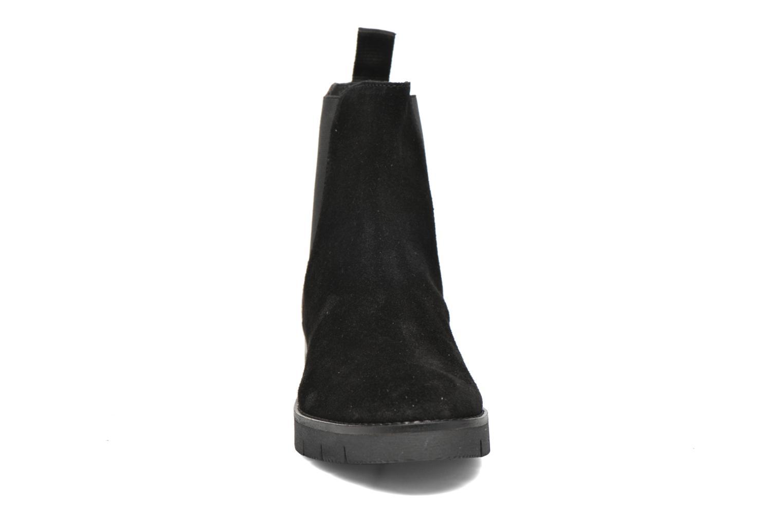 Bottines et boots Elizabeth Stuart Atou 501 Noir vue portées chaussures