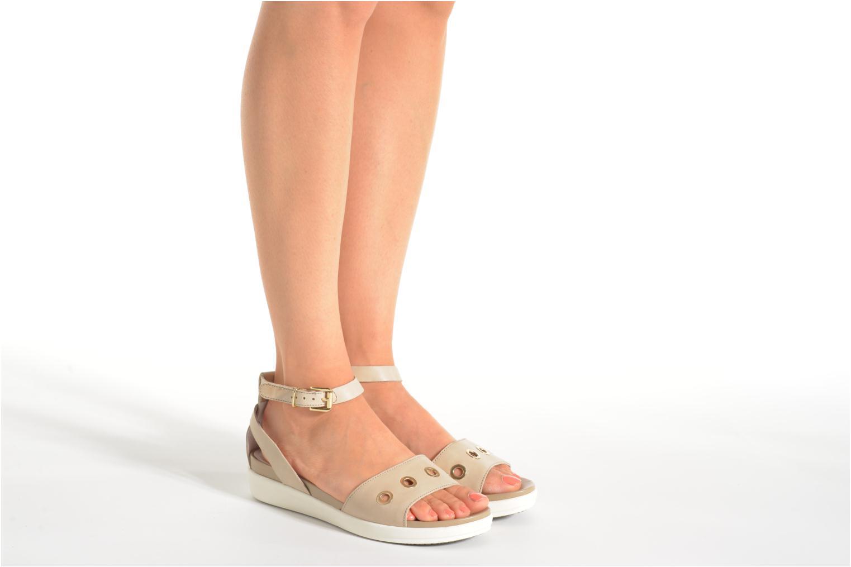 Sandales et nu-pieds Stonefly Sophia 6 Calf Beige vue bas / vue portée sac
