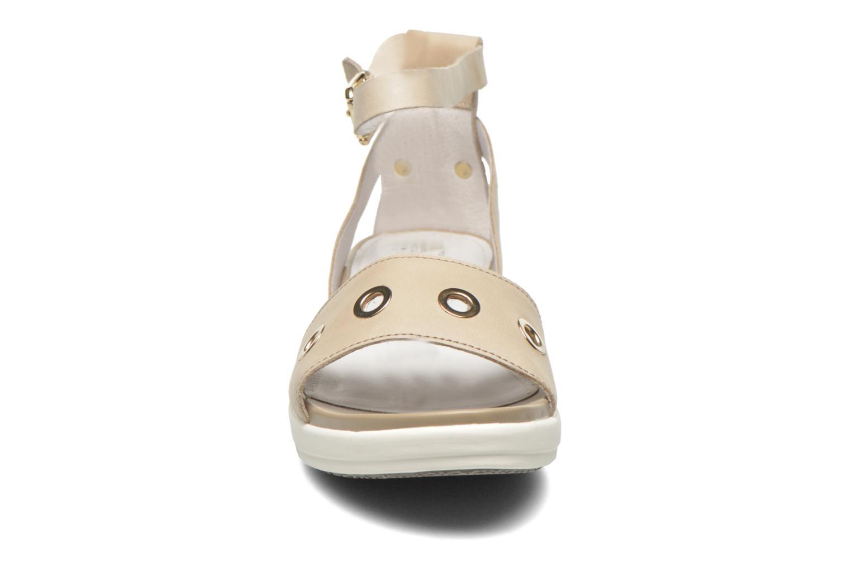 Sandales et nu-pieds Stonefly Sophia 6 Calf Beige vue portées chaussures