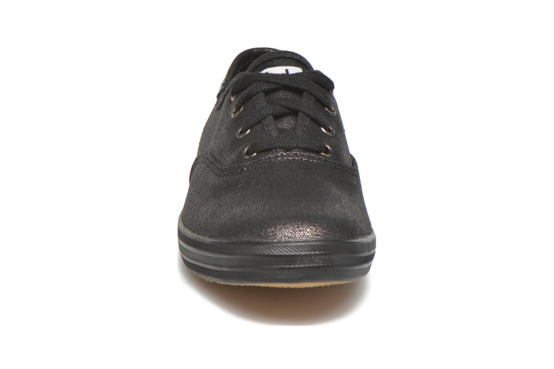 Baskets Keds Ch Metallic Canvas Noir vue portées chaussures