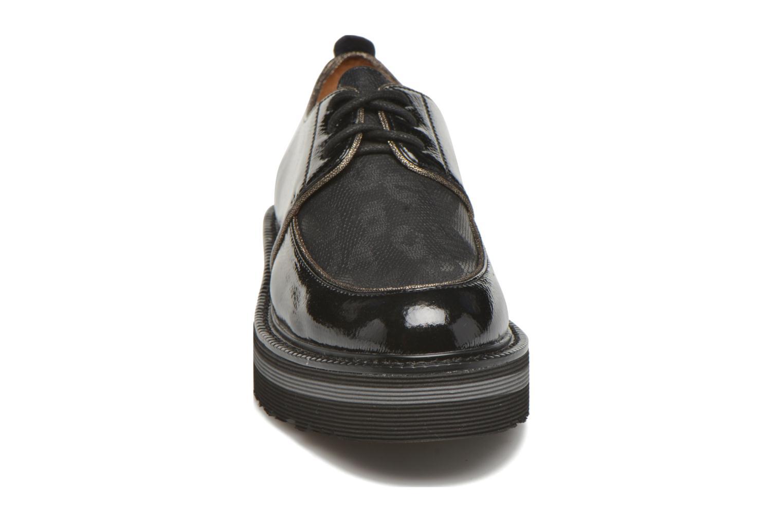 Chaussures à lacets No Name Blow Derby Crease / Skin Noir vue portées chaussures