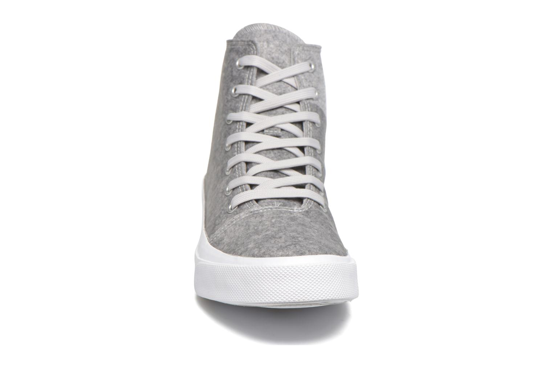 Baskets Converse All Star Quantum Hi Gris vue portées chaussures