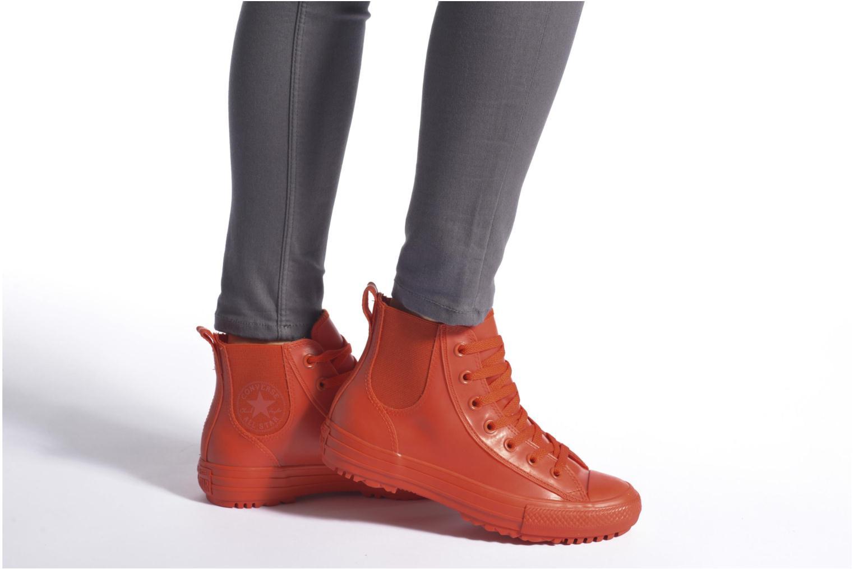 Sneaker Converse Ctas Chelsea Boot Rubber Hi schwarz ansicht von unten / tasche getragen