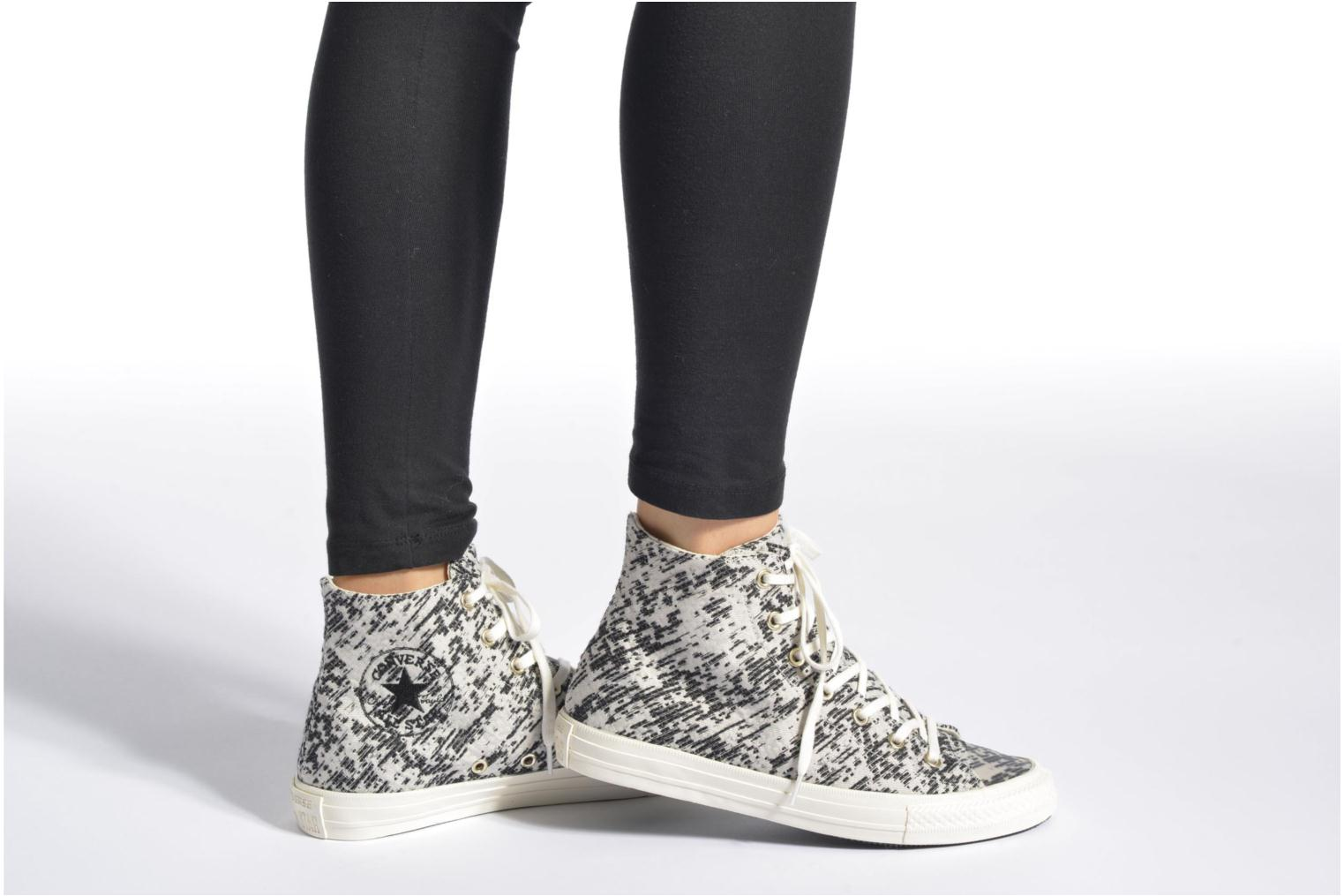 Trainers Converse Chuck Taylor All Star Gemma Hi White view from underneath / model view