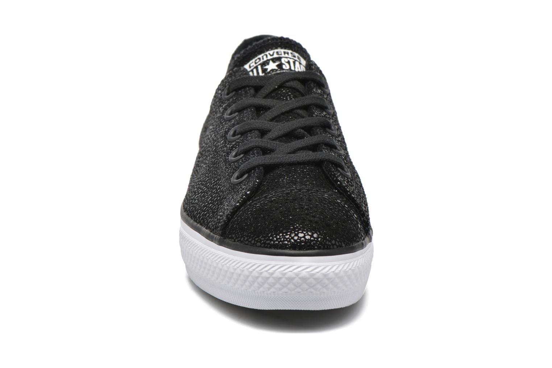 Baskets Converse Ctas High Line Metallic Leather Ox Noir vue portées chaussures