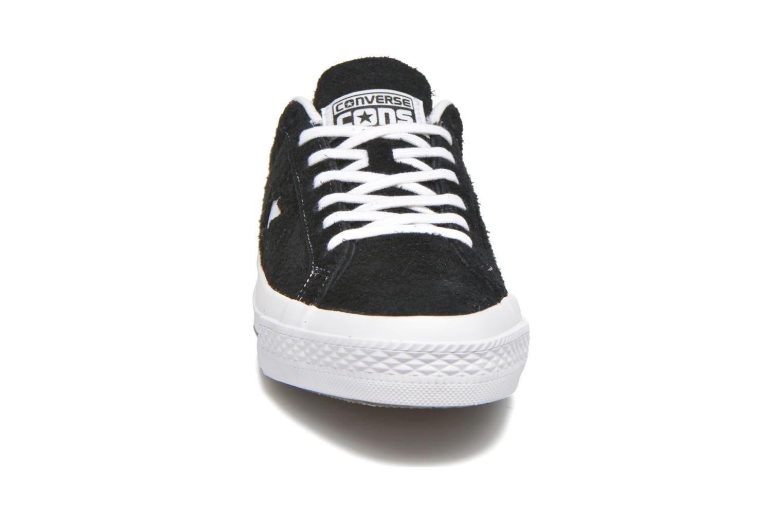 Sneaker Converse One Star Ox M schwarz schuhe getragen