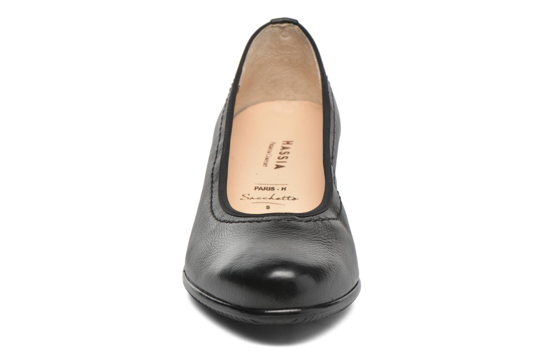 Zapatos de tacón Hassia Paris 4801 Negro vista del modelo