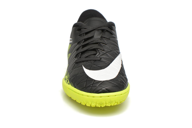 Deportivas Nike Jr Hypervenomx Phelon II Ic Negro vista del modelo