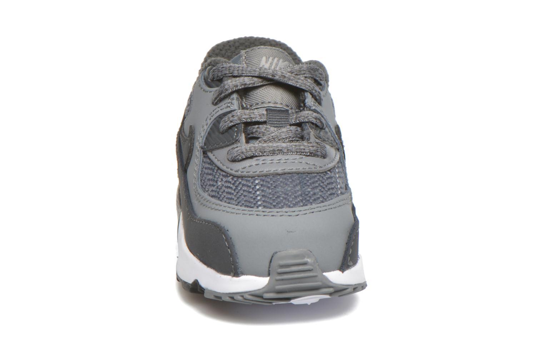Baskets Nike Nike Air Max 90 Se Ltr (Td) Gris vue portées chaussures