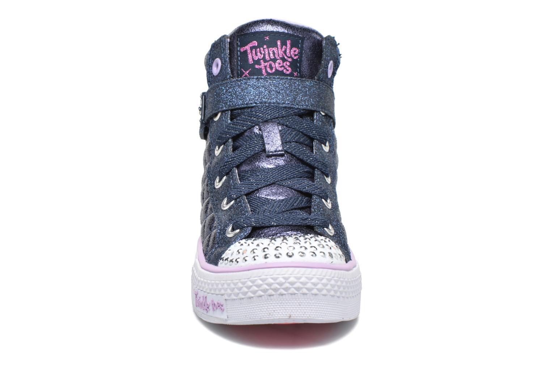 Sneakers Skechers Shuffles Sweetheart Sole Azzurro modello indossato