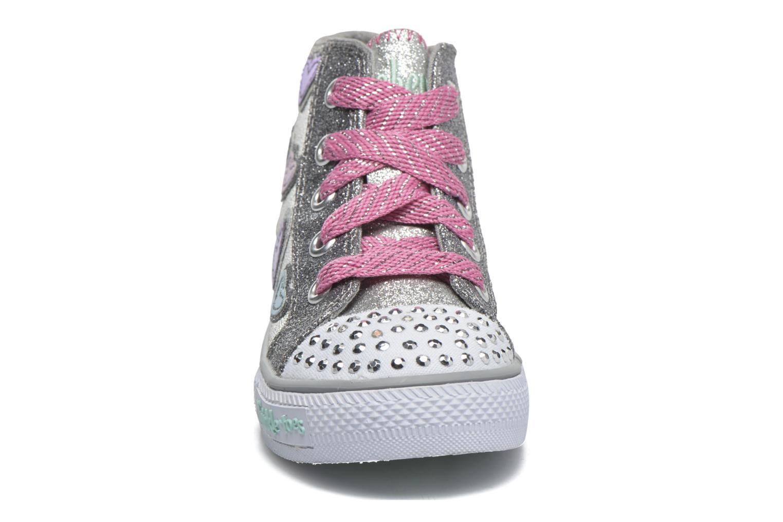 Sneaker Skechers Shuffles Starlet Pose silber schuhe getragen