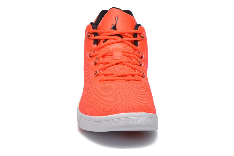 Baskets Jordan Jordan Academy Bg Orange vue portées chaussures