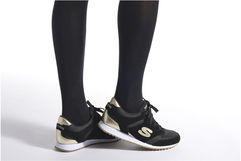 Sneaker Skechers OG 78 - Gold Fever schwarz ansicht von unten / tasche getragen