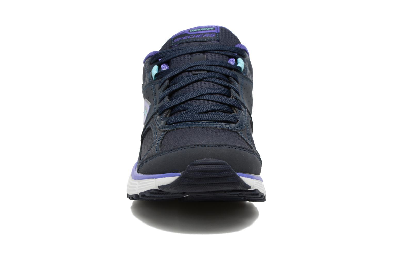 Sportschuhe Skechers Agility - Ramp Up lila schuhe getragen