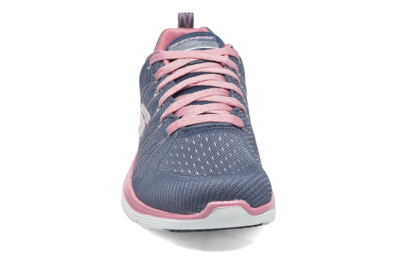Chaussures de sport Skechers Valeris Bleu vue portées chaussures