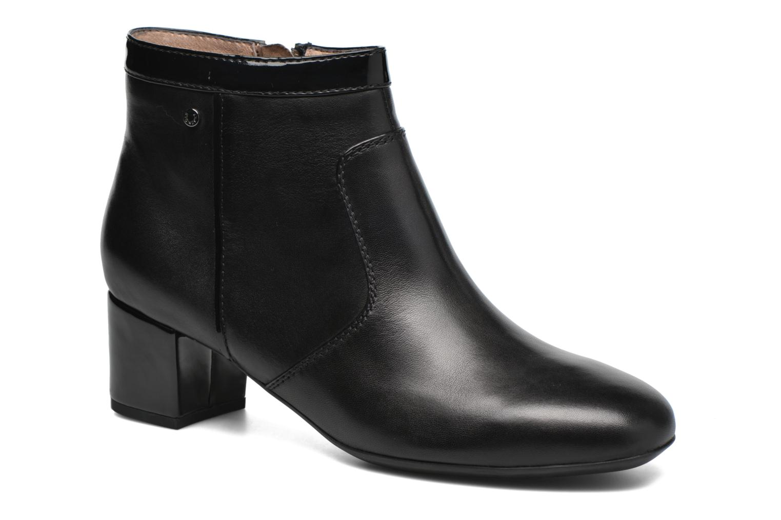 Ankle boots Stonefly Lory 12 Black detailed view/ Pair view